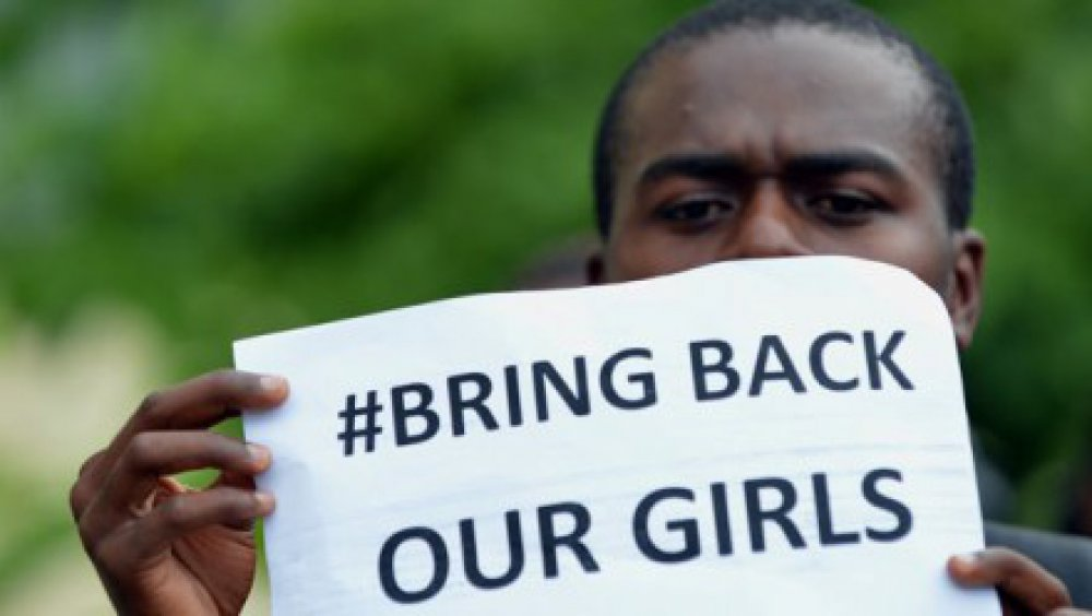 Negotiations and military action to free Nigerian schoolgirls